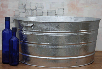 Round Galvanized Tub 17 Gallon Rustic Metal Bin